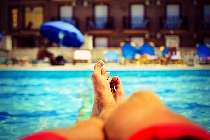 piscine-pieds